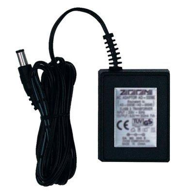 Zoom AD-16 - alimentatore AD-16 - 9V / 500mA (polo negativo al centro)