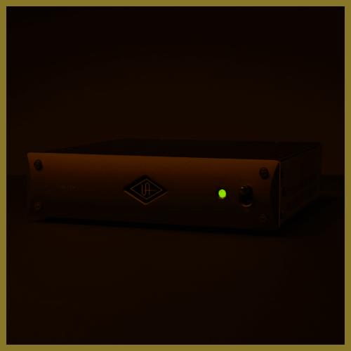 Universal Audio UAD-2 Satellite TB3 - Octo Custom