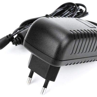 Xvive A2 - alimentatore 9V per pedali