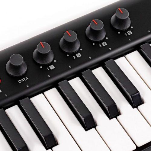 IK Multimedia iRig Keys 2 - Tastiera MIDI/Controller universale con 37 tasti mini