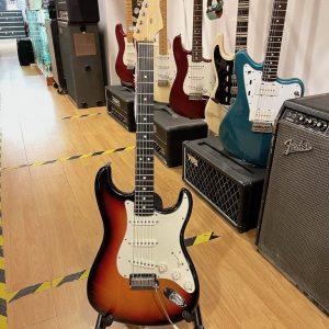 Fender Stratocaster Made in USA 2002 – Usato