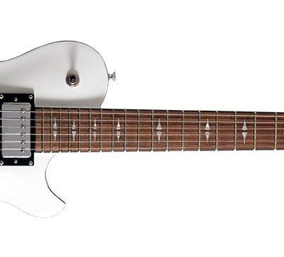 Michael Kelly PATRIOT DECREE STANDARD  - Chitarra elettrica - Gloss White